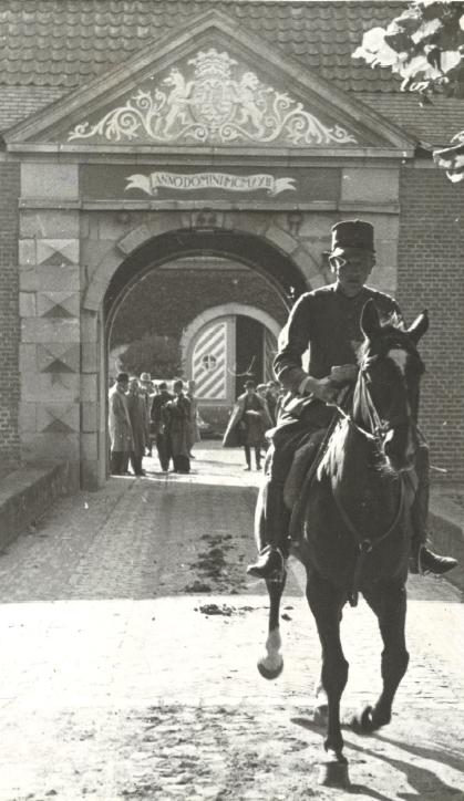 lang escorte slikken in Roermond
